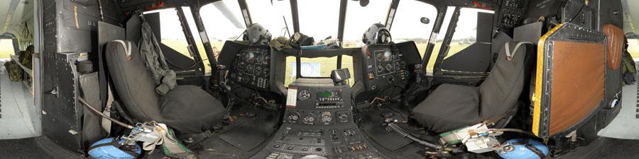 cockpit hélicoptère MIL MI 171 S de l'armée Tchèque