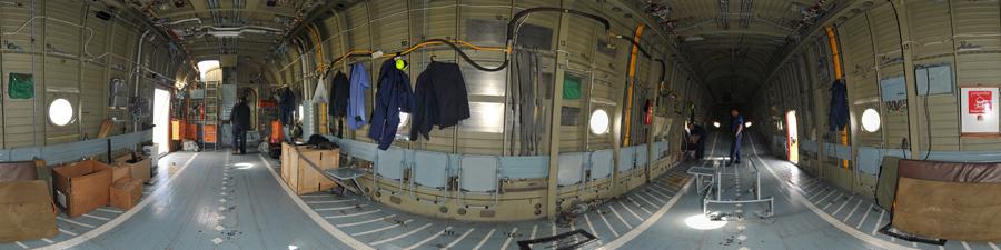 Visite virtuelle 360° de la soute de l'hélicoptère Mil Mi 26 T