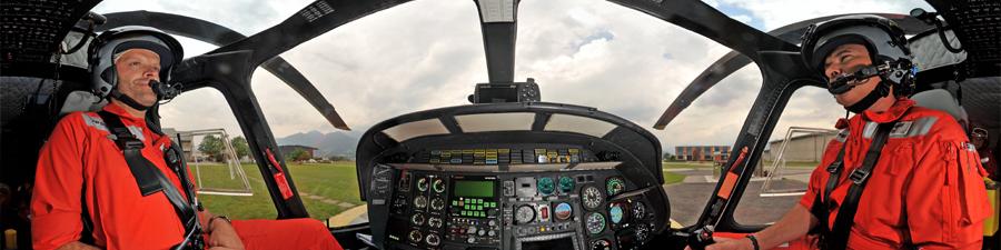 Visite virtuel hélicoptère de la REGA da Vinci A109 power