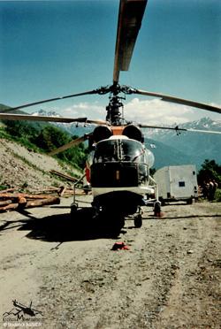 KAMOV  KA32 C Heliglobe finet - RA-31015 - Beaune Vallée de la Maurienne 73 - France
