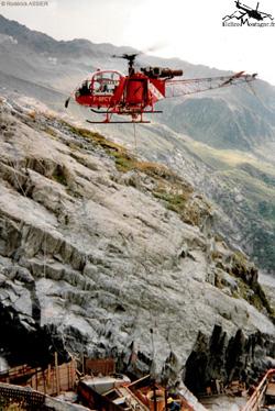 LAMA SA315 B . F-GFCY . Société SAF . Travail aérien - Le Tour Chamonix (74)