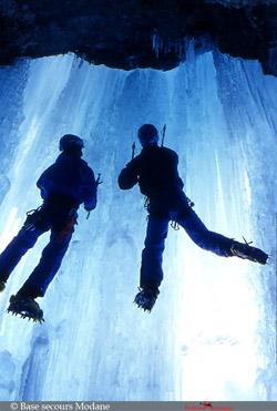 Entrainement cascade sur glace PGHM 73