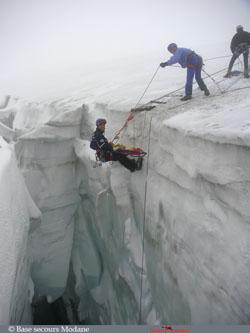 Secours sur glacier
