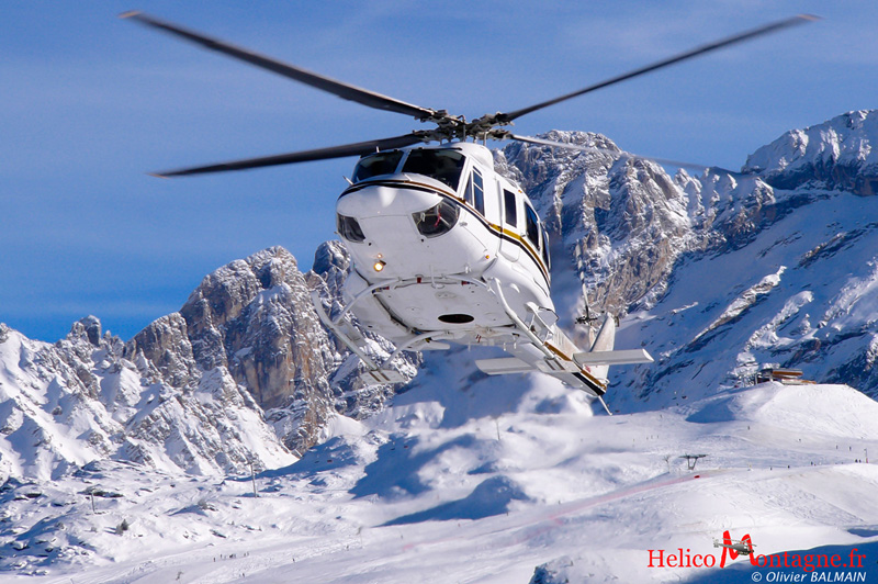 BELL 412 EP Savoie France 2004
