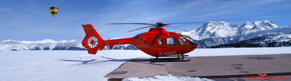 EC 135 T2 F-GXRR - à Courchevel avec une mongolfière