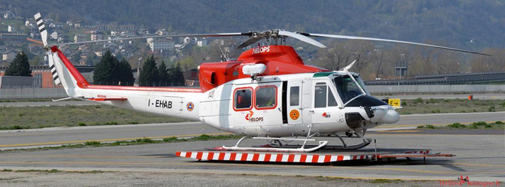 Bell 412 Helops . Soccorso Alpino - Aoste secours en monatgne Italie