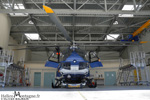 Choucas 04 EC145 F-MJBD dans le hangar de la base de Digne-Les-Bains
