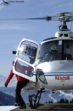 MBH Hélicoptères Avoriaz - Débarquement urgent du médecin