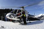 MBH Hélicoptères Avoriaz - Placement de la victime dans l'Ecureuil