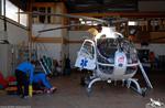 SAF Hélicoptères Base secours Courchevel - Le matin, préparation du matériel de secours