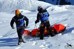 SAF Hélicoptères Base secours Courchevel - Mise en palce de la corde antirotation pour le treuillage