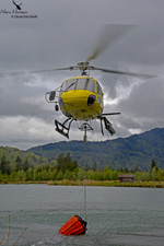 Ecureuil AS350 B3 plus / F-HADE MBH Bambi bucket
