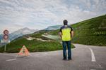 Balisage des routes par l'équipe Air Glacier