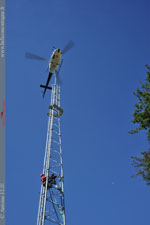 AS 350 B3 F-HEIN au montage d'un pylone