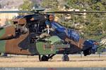 Repos de l'hélicoptère tigre et de son équipage