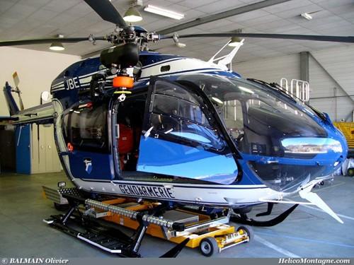 EC 145 de la base force aérienne gendarmerie de Modane