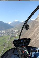 Hélicoptère R44 en vol vallée de la Maurienne